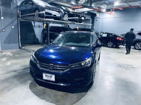 Pre-Owned 2013 Honda Accord Sport