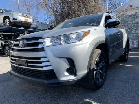 Certified Pre-Owned 2017 Toyota Highlander LE